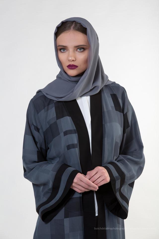 171121 Niche Models Abaya-Look 05-EC4A4853-Edit